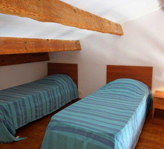 chambre d'une villa dans la résidence Sant ambroggio en haute corse