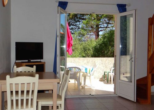 Terrasse d'une villa en location dans la résidence de vacances Sant ambroggio