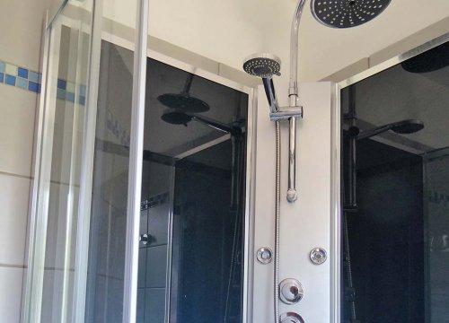 douche mini villa à île rousse en haute Corse