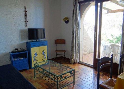 salon d'une location dans la résidence de Sant ambroggio